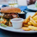 Ako na najlepší domáci hamburger: 6 inšpirácii ako a s čím servírovať